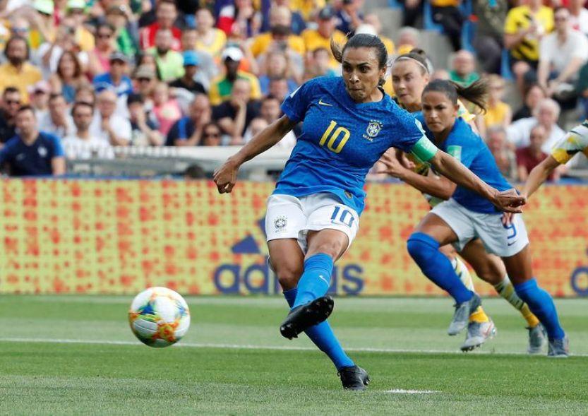 2019 06 13t163014z 1546143477 rc14d37bd870 rtrmadp 3 soccer worldcup aus bra 300x212 - COPA FEMININA: vitória da China e recorde de Marta são os destaques da rodada