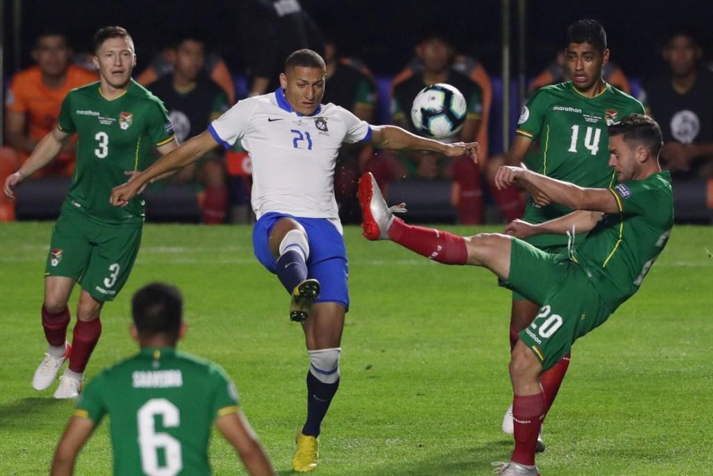 2019 06 15t003408z 590492073 rc1e7919af30 rtrmadp 3 soccer copa bra bol 1024x683 - Brasil disputa, hoje, com Peru 1º lugar do grupo A pela Copa América
