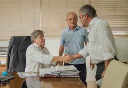 Prefeito de Alhandra garante novos investimentos para cidade em reunião com governador