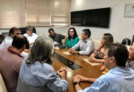 ENCONTRO: Governador João Azevêdo recebe prefeitos da base aliada do deputado Genival Matias