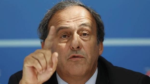 Ex-presidente da UEFA, Michel Platini, é preso por suspeita de corrupção em Copa do Mundo de 2022