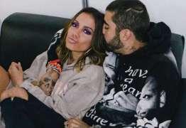 'Namore alguém que seja seu fã igual meu príncipe é meu', diz Anitta sobre Pedro Scooby