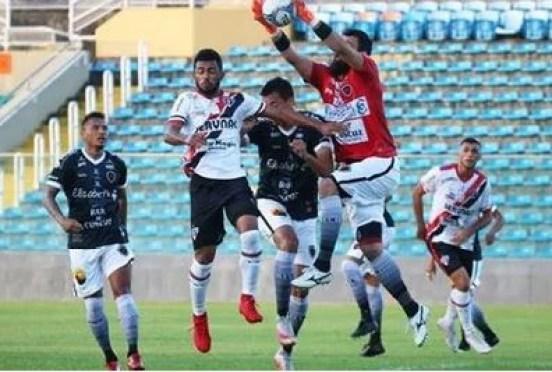 Botafogo 300x202 - Botafogo-PB e Ferroviário empatam sem gols