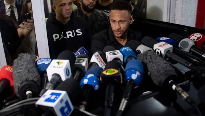 Capturar 24 - SUPOSTO CRIME EM PARIS: Polícia de SP monta operação especial para depoimento de Neymar