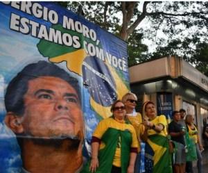 Capturar 62 300x249 - MANIFESTAÇÕES: Julgamento de Lula no STF turbina atos pró-Moro deste domingo