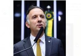 Deputado Aguinaldo Ribeiro comemora aprovação de MP que cria órgão para proteção de dados pessoais