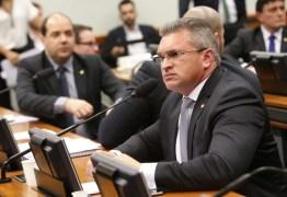 'Sou um lobo solitário', desabafa Julian Lemos sobre divergências de prioridades da bancada da Paraíba no Congresso Nacional
