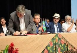 Azevêdo recebe propostas para desenvolvimento da agricultura na PB