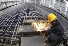 Nos cinco primeiros meses do ano produção siderúrgica recua 1,5%