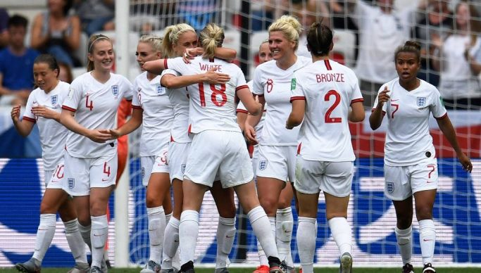 Seleção Inglaterra 683x388 - Argentina, Japão e Inglaterra jogam nesta sexta-feira