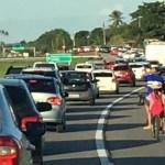 Sem título 16 - BR-230 PARADA: paraibanos enfrentam trânsito congestionado na volta do São João