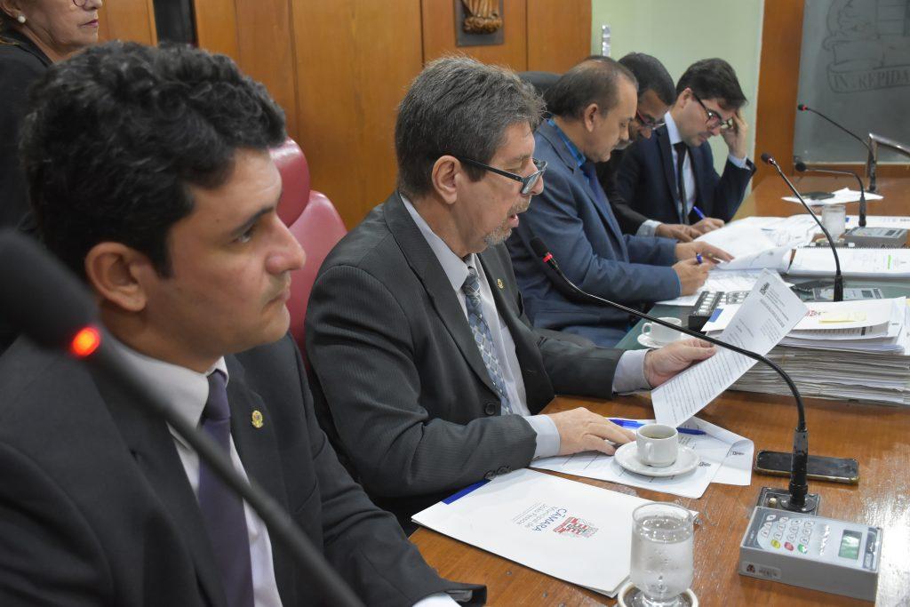 Sessão Ordinária 19 06 2019 Olenildo 131 1024x683 - Câmara aprova LDO 2020 e mais onze matérias nesta quarta-feira