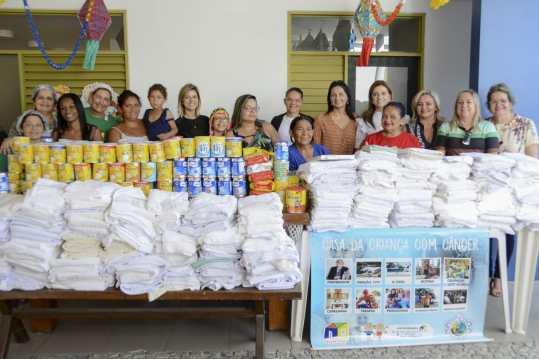WhatsApp Image 2019 06 05 at 17.53.30 300x200 - Casa da Criança com Câncer recebe donativos arrecadados durante Chá Solidário