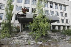 acidente nuclear em chernobyl 3 300x200 - 33 anos depois do acidente nuclear, veja como está Chernobyl na vida real