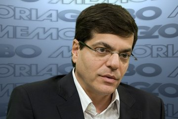 ali kamel - Ali Kamel defende cobertura do Jornal Nacional em caso Moro e reage à comparação com Zorra Total