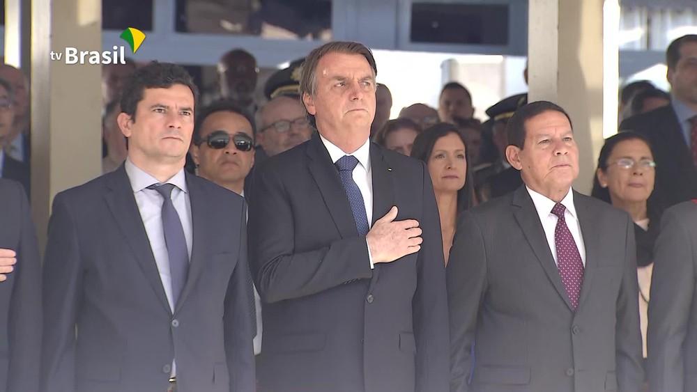 bolsonaro moro mourao - Bolsonaro recebe Moro após divulgação de mensagens atribuídas ao ministro