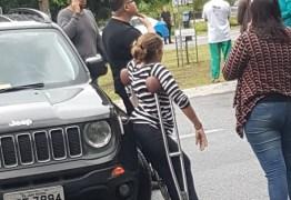Cida participa de protesto em JP e bloqueio com carro locado pela ALPB divide opinião de paraibanos