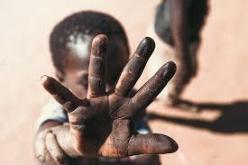 combate ao trabalho infantil - Dia Mundial de Combate ao Trabalho Infantil tem panfletagem e atividades com crianças e adolescentes na orla de João Pessoa
