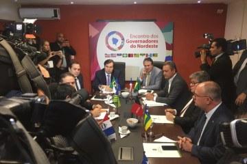 João Azevêdo faz avaliação positiva de encontro com Rodrigo Maia e defende Estados na Reforma da Previdência
