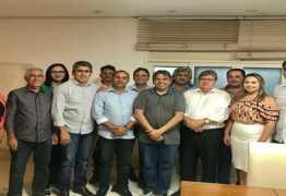 Genival Matias reúne comitiva para audiência com João Azevedo