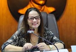 Câmara Municipal de Campina Grande antecipa pagamento de 50% do 13º salário em junho