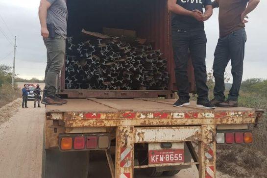 img 20190612 wa0004 300x200 - 12 HOMENS E UM FURTO: Operação prende grupo suspeito de furtar trilhos de trem na Paraíba