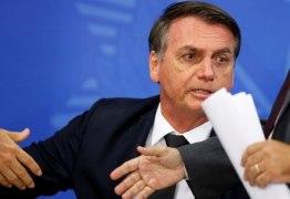'REINA, MAS NÃO GOVERNA': Bolsonaro diz que Legislativo quer deixá-lo como rainha da Inglaterra