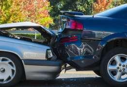 Menino morre em acidente de carro causado por 'aranha'