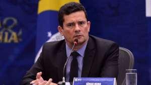 naom 5caa17854579e 300x169 - Mídia internacional destaca suspeitas e pedidos pela renúncia de Moro