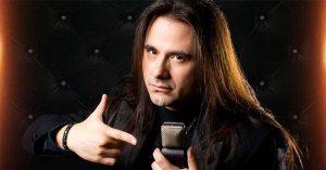 noticia 186765 300x157 - LUTO NA MÚSICA: Morre aos 47 anos, Andre Matos, ex-vocalista e fundador do Angra