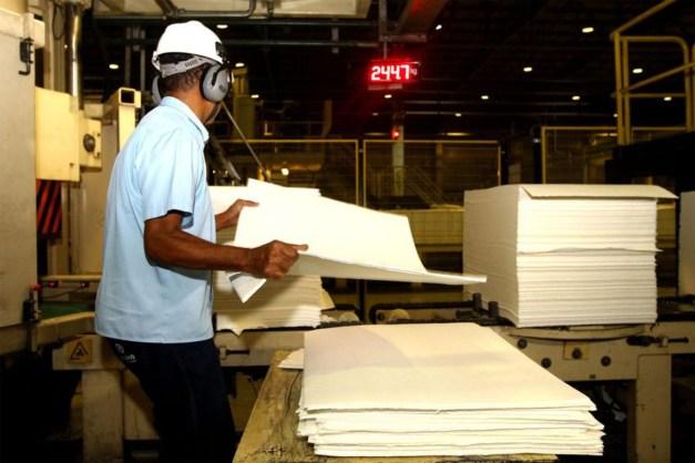 sede suzano celulose mucuri ba 03 850x567 300x200 - Segundo FGV Índice de Confiança da Indústria recua 1,4 ponto