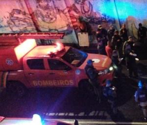 tunelpina2 300x255 - Após entrar em túnel alagado, carro afunda e deixa uma pessoa morta