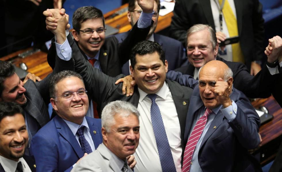 1549142314 306665 1549145938 noticia normal - 82 CÉDULAS E 81 SENADORES: Senado arquiva investigação sobre suposta fraude na eleição da Casa
