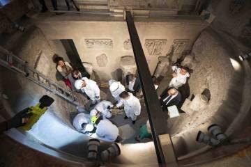 15636428325d334bd0d6df9 1563642832 3x2 lg - Vaticano envia especialistas em busca de corpos de princesas que estão desaparecidos