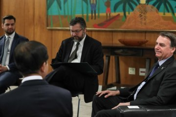 181g3foaban3x3jwcnbpnpqim - Gabinete de Bolsonaro passará a ter bloqueador de celular