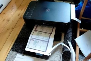 1 alemanha 12187852 - Jovem imprime dinheiro e tenta comprar carro com notas falsas