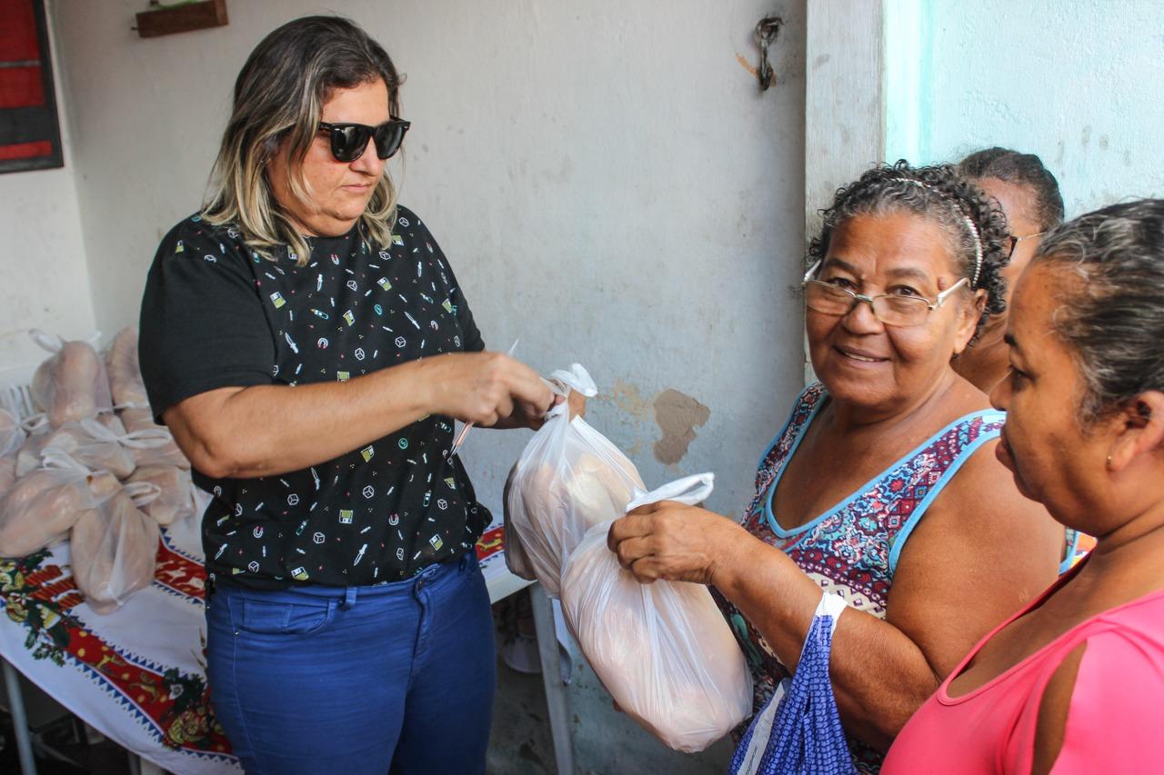 496e9b86 ebd9 42d5 932f a574b52a9cdf - Projeto 'Pão Solidário', do deputado Eduardo Carneiro, beneficia 200 famílias das comunidades Riacho Doce e Colibris