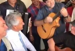 APOIO ARTÍSTICO: Amado Batista recebe a visita de Bolsonaro em Goiás – VEJA VÍDEO