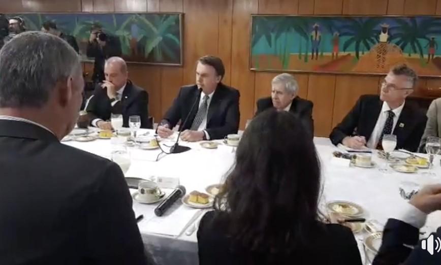 'Passar fome no Brasil é uma grande mentira', afirma Bolsonaro