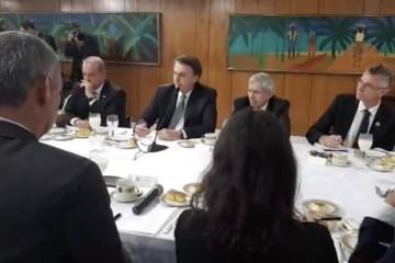Bolsonarocafédamanha 868x522 - 'Passar fome no Brasil é uma grande mentira', afirma Bolsonaro
