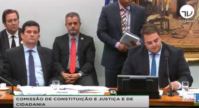 CCJ CAMARA 1 - 'E O SALÁRIO, Ó': presidente da CCJ na Câmara compara sessão à 'Escolinha do Professor Raimundo'