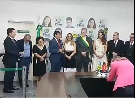 """Capturar 12 - Ricardo Coutinho recebe Medalha """"Mérito Renascença"""" no Piauí, maior honraria do estado - VEJA VÍDEO"""