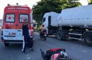 Capturar 7 300x197 - Acidente envolvendo três motos deixa um homem ferido em estado grave em João Pessoa