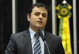 'LADRÃO': Deputado insulta Sérgio Moro e sessão acaba em confusão: VEJA VÍDEO