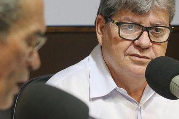 João Azevedo 3 1200x480 - Governo concretiza parceria e a Paraíba vai ganhar 21 voos da Azul