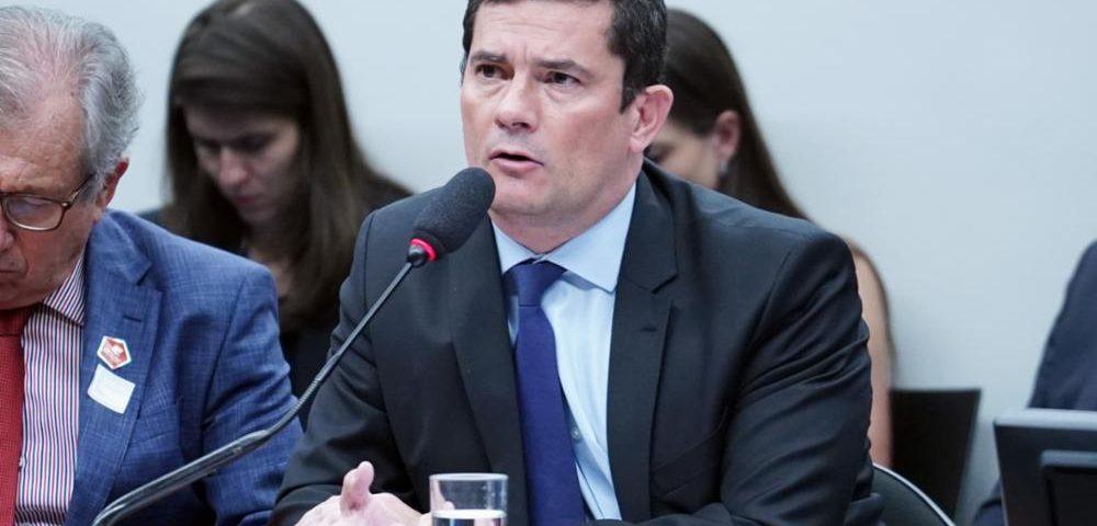 Sergio Moro 1000x480 - Em sessão tumultuada, Gervásio pede a Moro para sair do ministério