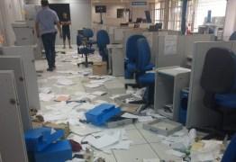 PF realiza perícia em prédio do INSS após arrombamento, em Santa Rita