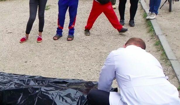 criança eletrocutada - Mãe descobre que filho morreu ao ver foto em grupo de WhatsApp