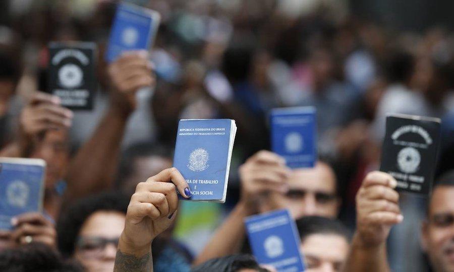 desemprego 1 - Comissão votou por dificultar aposentadorias de pobres e pensões de viúvas - Por Leonardo Sakamoto