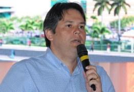 Ministério Público denuncia prefeito afastado de Patos por falsidade ideológica
